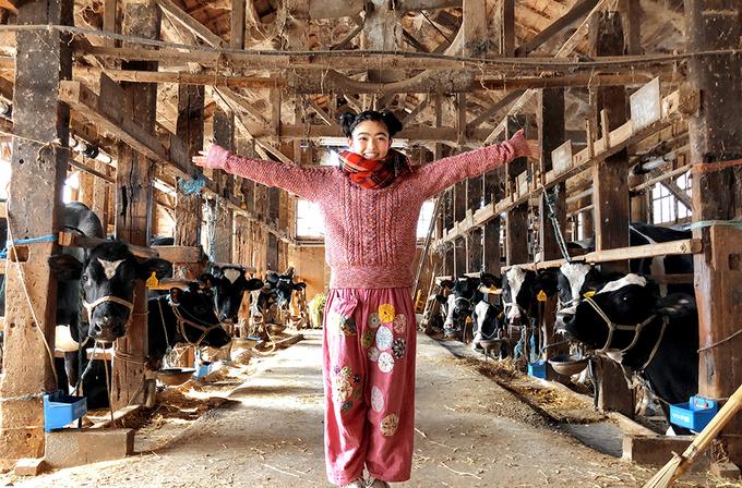 イノサク、トラックに乗って初めての野菜集荷体験!「地元農家のとれたて野菜のーかる」(東京都・立川市)