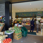 仙台駅そばにこだわりの県内野菜と産直が集まる複合施設「AOYA」(宮城県・仙台市)